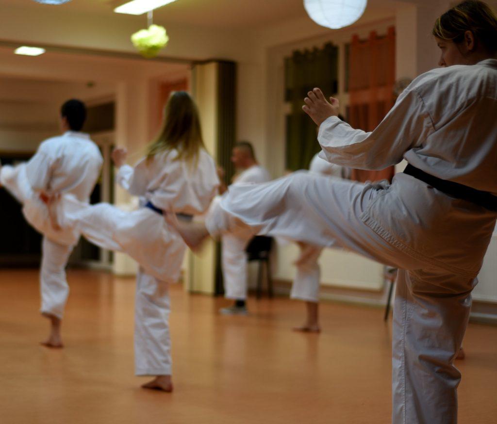 Kihon gyakorlás kezdő és haladó fokozaton 16